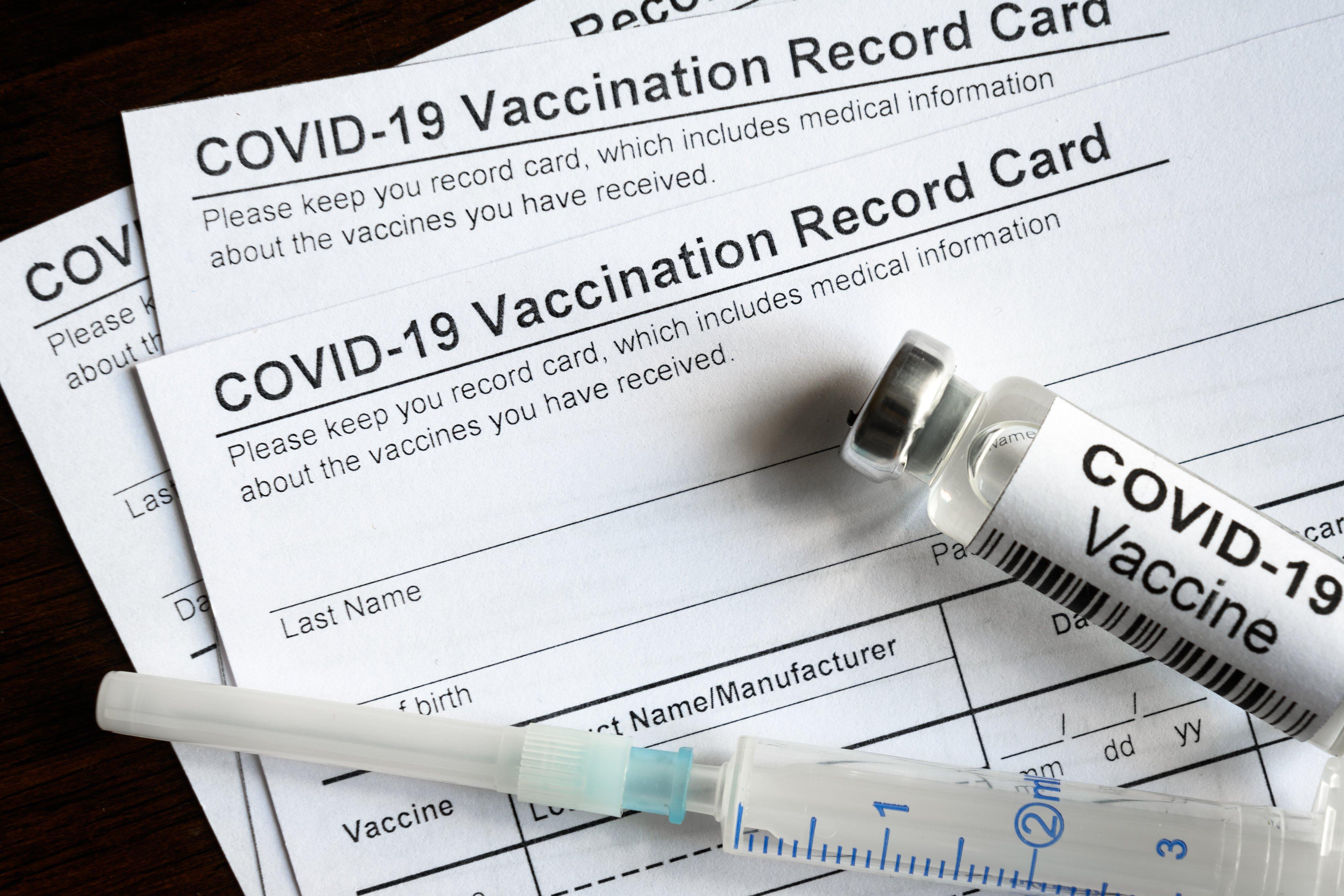 Vaccine-card_AdobeStock_425320825