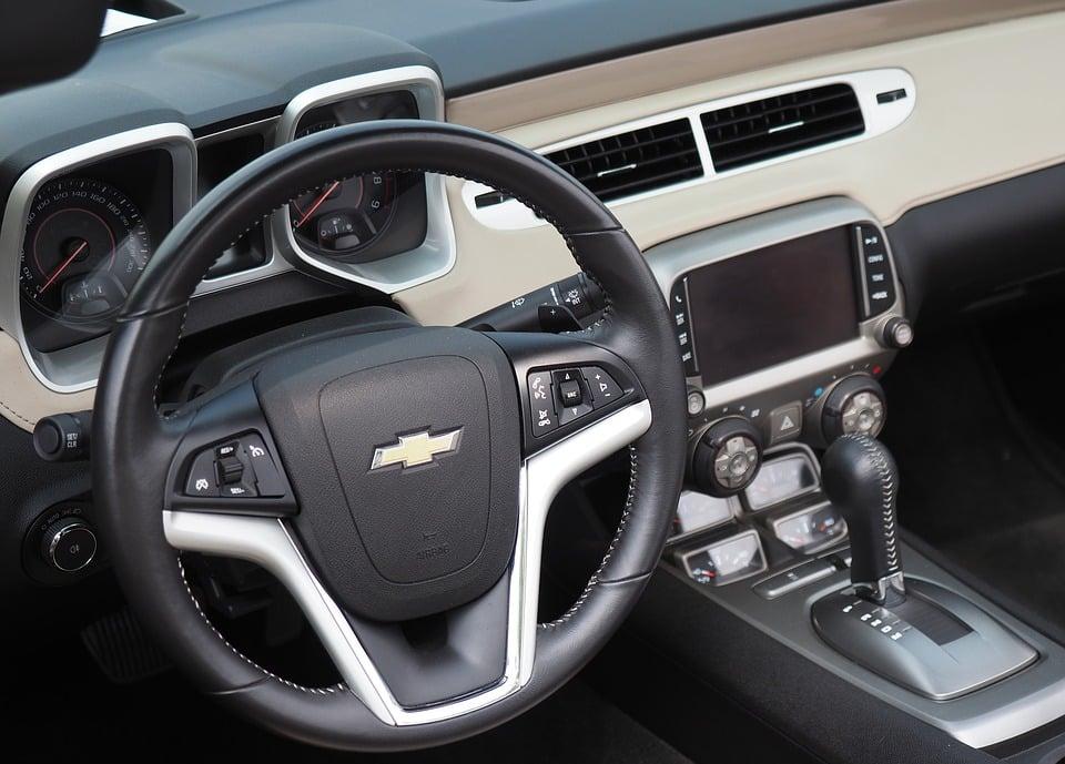 automobile-3415734_960_720 (1)