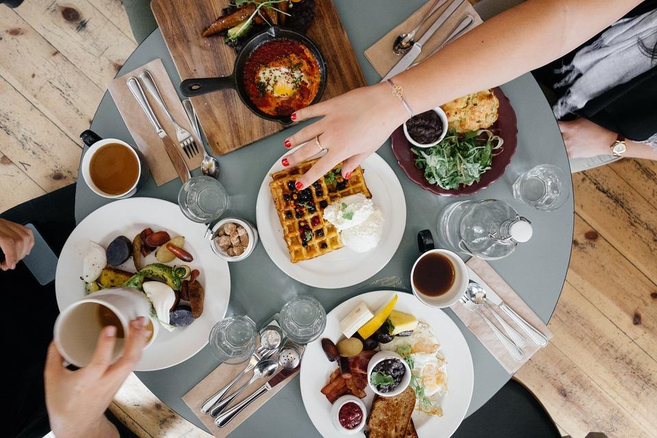 breakfast-690128_960_720.jpg