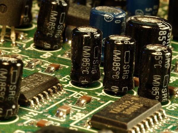 capacitors-3588_960_720.jpg
