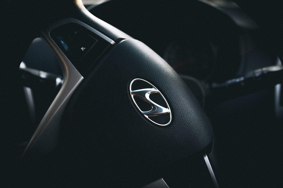 car-1852923_960_720.jpg