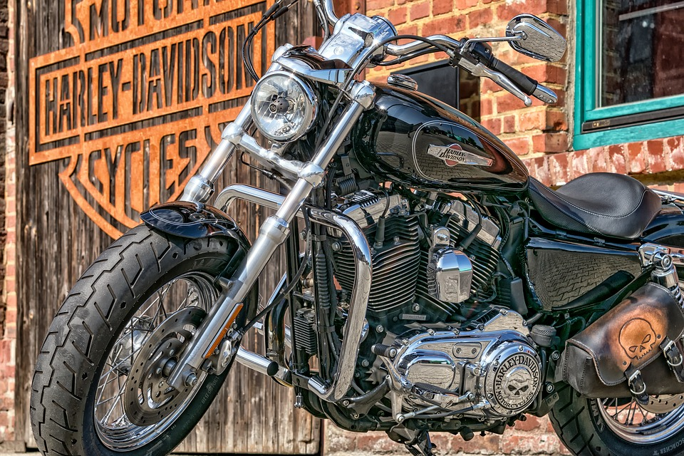 motorcycle-2529593_960_720