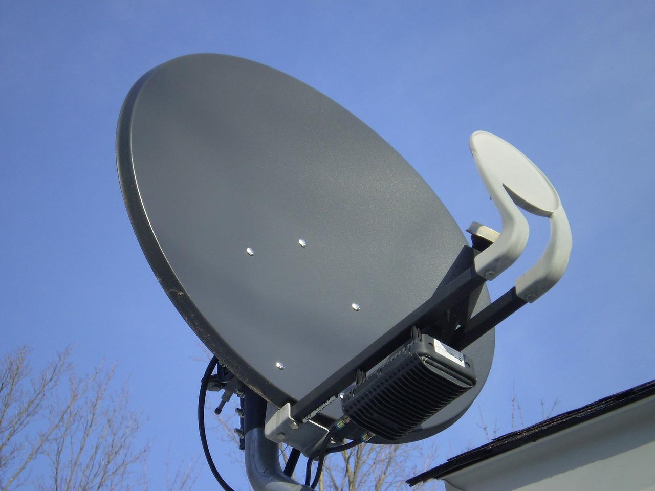 satellite-70409_1280.jpg