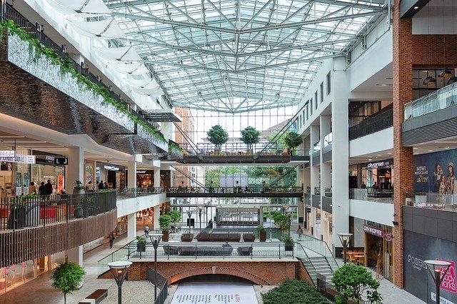 shopping-mall-3521181_640