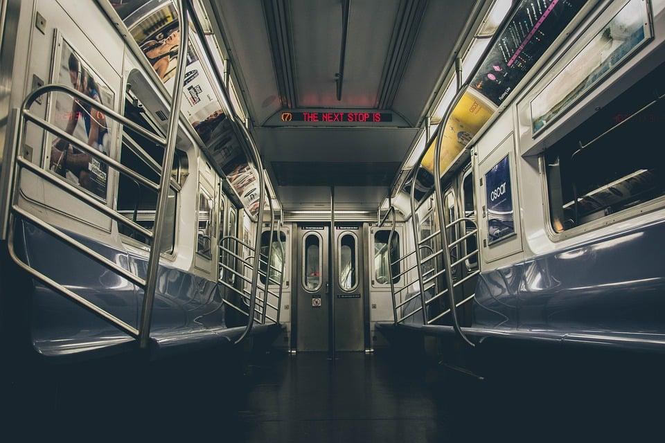 subway-2893851_960_720