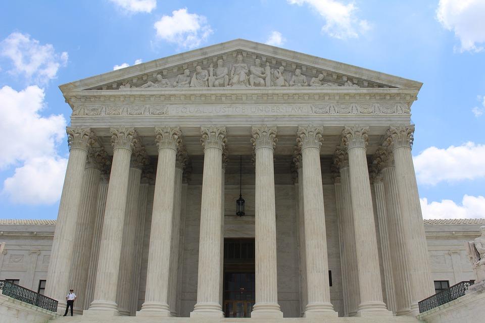 supreme-court-building-1209701_960_720.jpg